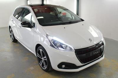 Photo Peugeot 208 GT-line 1.2 Puretech 110cv EAT6