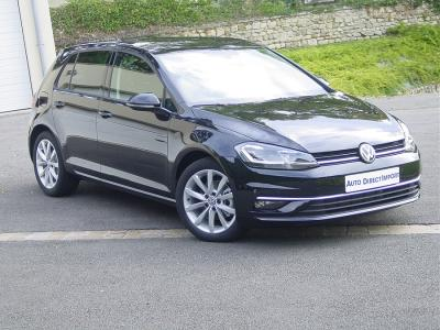 Photo Volkswagen Golf 5 portes Carat 1.5 Tsi evo 150cv DSG7 R-line