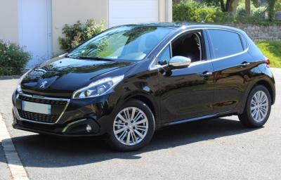 Photo Peugeot 208 Allure 1.2 Puretch 82cv