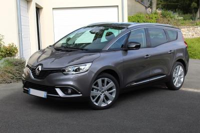 Photo Renault Grand Scenic 7 places Limited 1.3 Tce 140cv