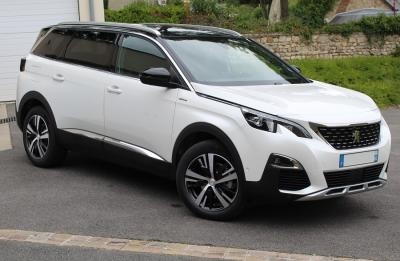 Photo Peugeot 5008 GT-line 2.0 Blue Hdi 180cv EAT8
