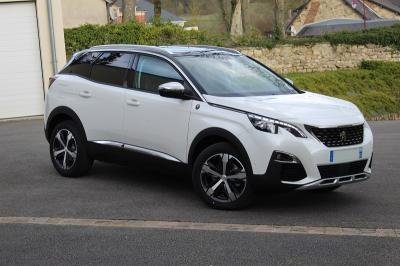 Photo Peugeot 3008 Crossway 1.5 Blue Hdi 130cv