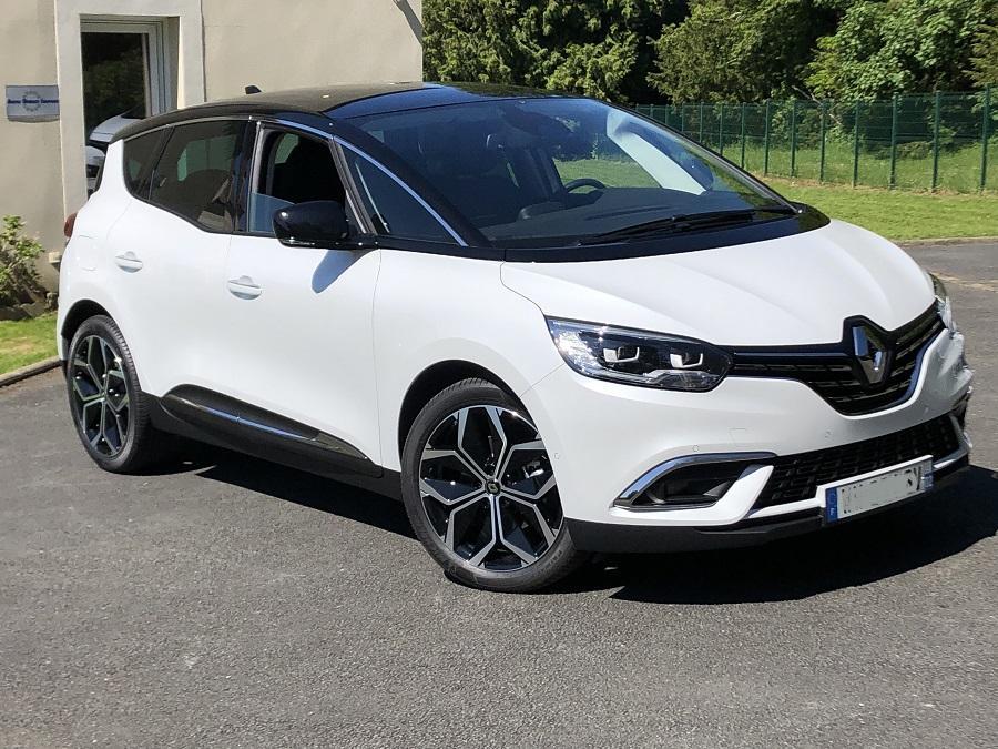 photo Renault Scenic restylé Intens 1.3 Tce 140cv EDC