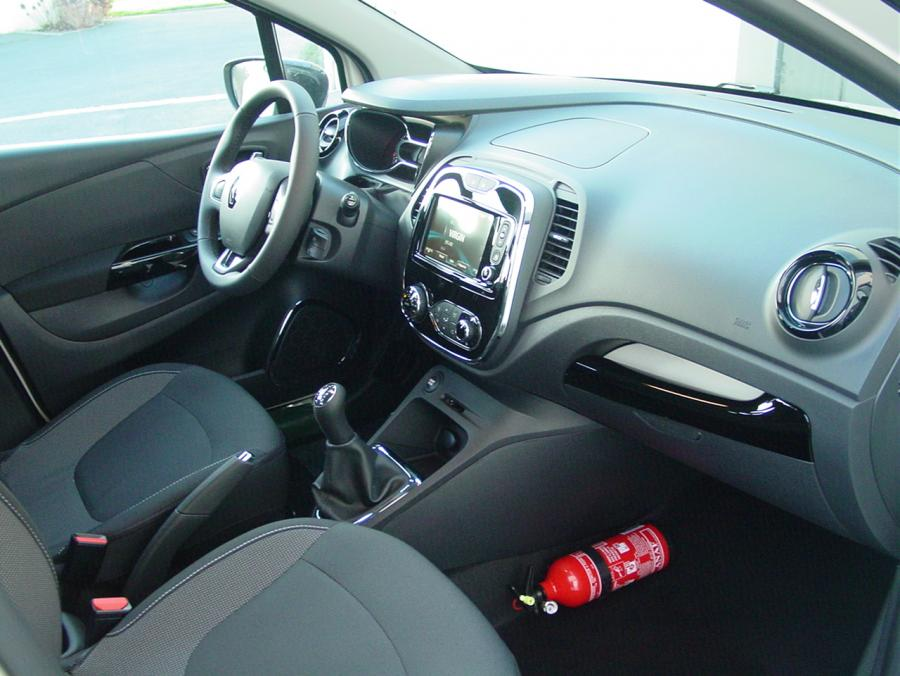 renault captur intens 0 9 tce 90cv auto direct import. Black Bedroom Furniture Sets. Home Design Ideas
