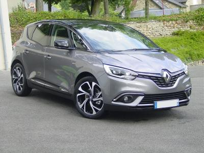 Photo Renault Scenic Bose 1.5 Dci 110cv Energy