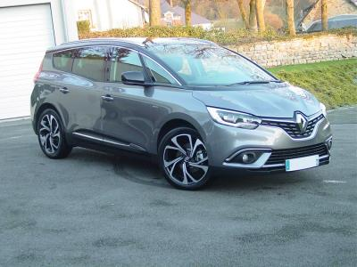 Photo Renault Grand Scenic 7 places  Bose 1.6 Dci 130cv Energy