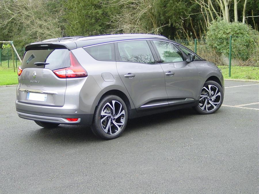 renault grand scenic 7 places bose 1 6 dci 130cv energy auto direct import. Black Bedroom Furniture Sets. Home Design Ideas