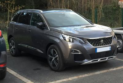 Photo Peugeot 5008 Allure 1.6 BlueHdi 120cv